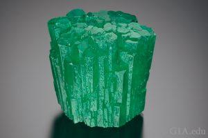 105995-690x460-emerald-crystal-cluster-300x200